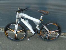 4027 - Black and orange Extreme mountain bike