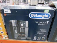 76 Delonghi Magnifica S Smart coffee machine with box