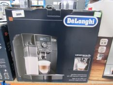 14 Delonghi latte cream assistant with box