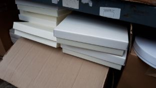 Box of 10'' square cake boxes