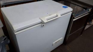 TN71 - 95cm Whirlpool WCN 9-1 chest freezer