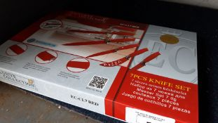 (391) Set of 7 Exclusive Collection red coated knives in box