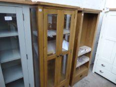 Oak double door glazed display cabinet, 75cm wide