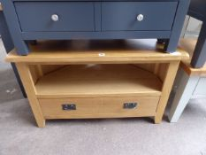 Oak corner TV unit with single shelf and single drawer, 90cm wide