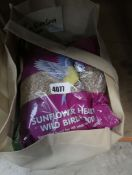 4111 - 12kg bag of mixed bird seed