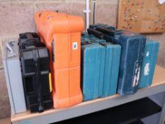 7 Empty tool cases