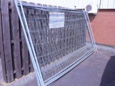 4 Heras type fencing panels