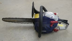 4046 Spear and Jackson blue and grey petrol powered chainsaw