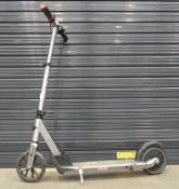 Silver Razor scooter (no charger)