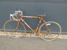 (5) Raleigh racing bike in gold