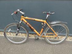 4032 Treks 6000 mountain bike in burnt gold