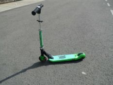 4037 Green scooter