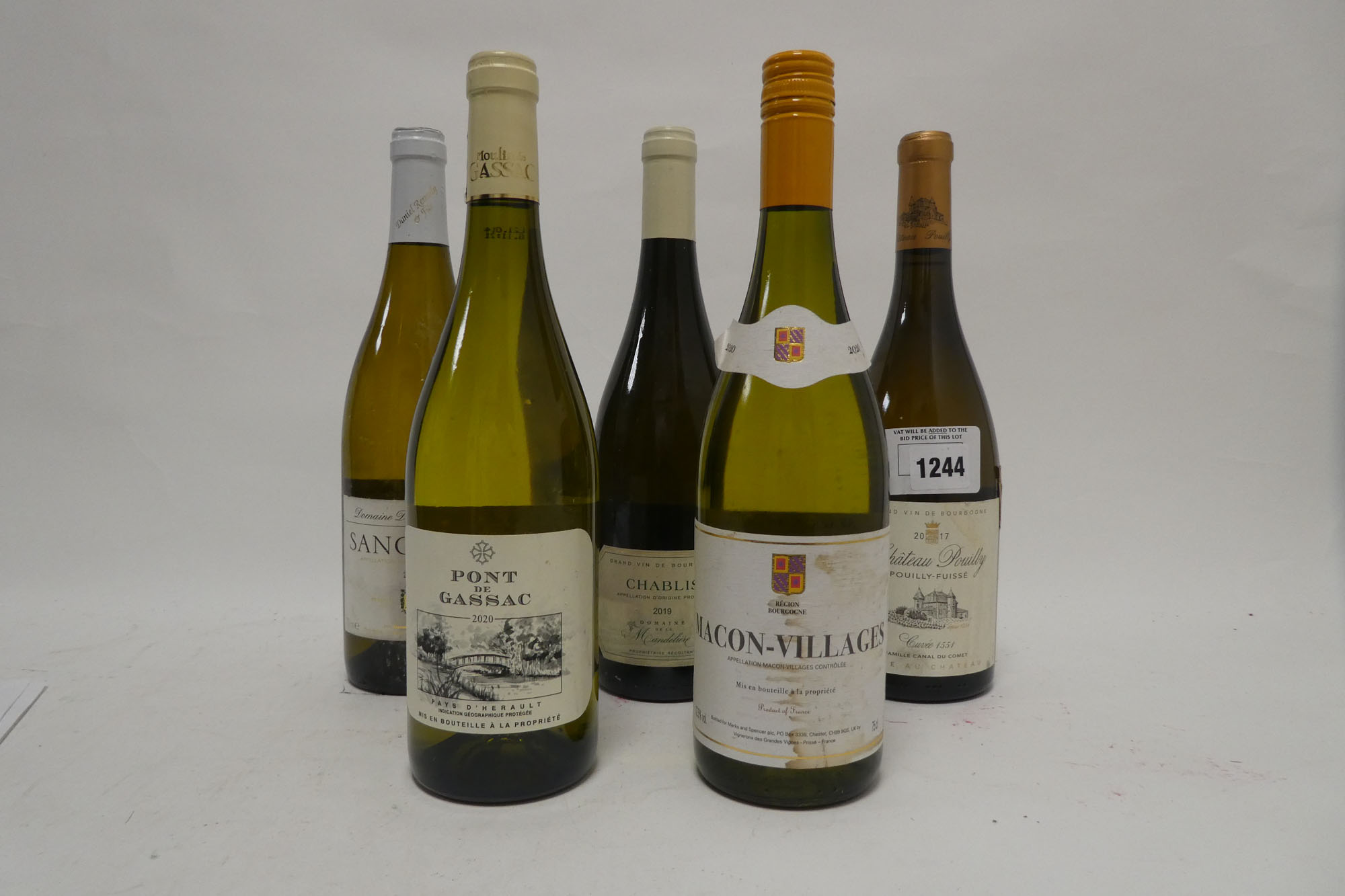 5 bottles French White, 1x Chateau Pouilly 2017 Pouilly Fuisse,