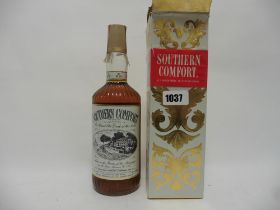 An old bottle of Southern Comfort Liquor with box circa early 1970's 26 2/3 fl oz 87.