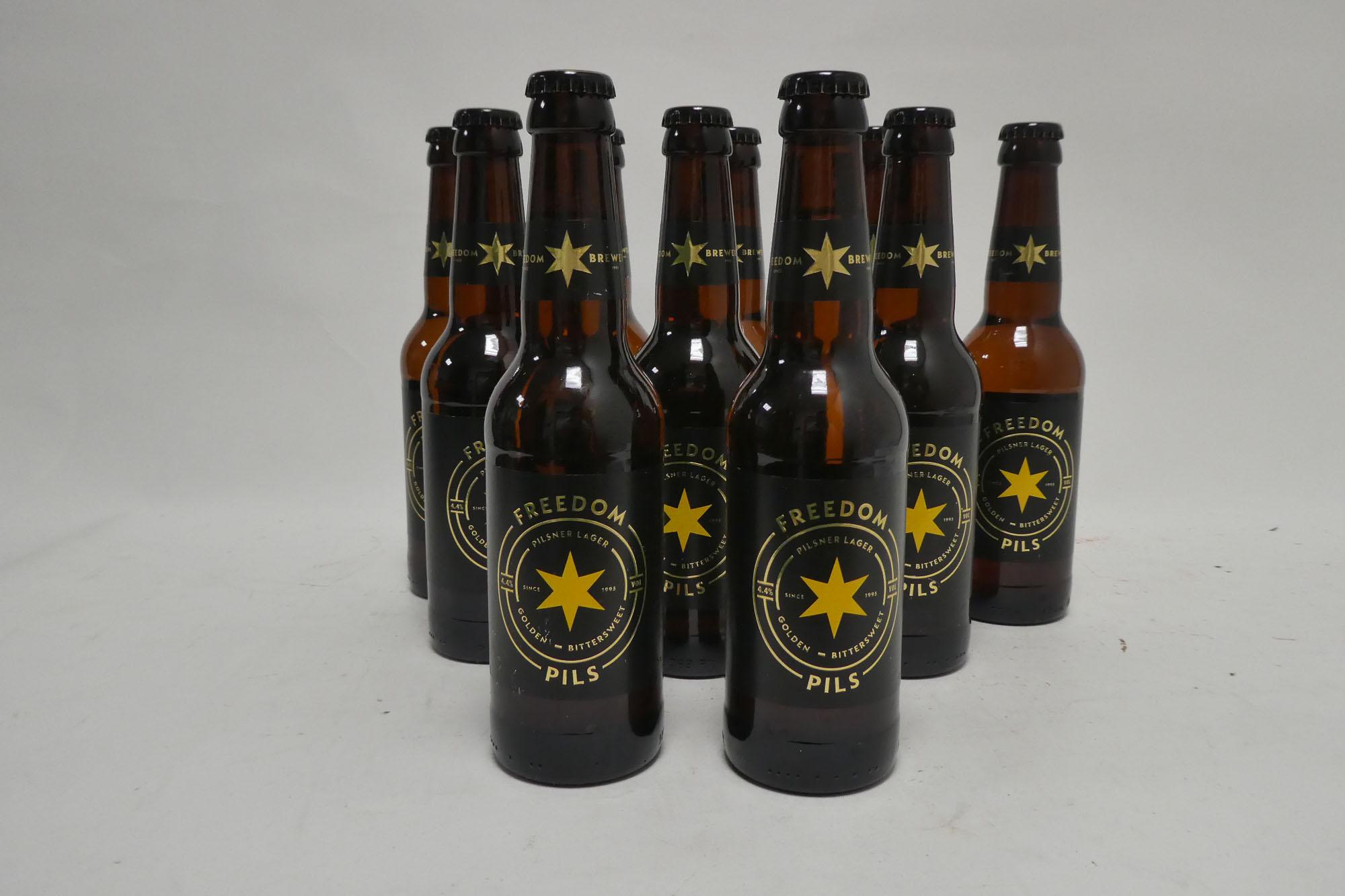 Approx 32 bottles of Beer, 21x Freedom Pilsner Lager 33cl 4.