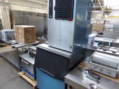 (TN13) - 80cm Hoshizaki IM-240ANE free standing ice machine with large ice dump