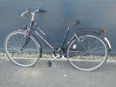 4023 - Black Amaco Classic ladies bike