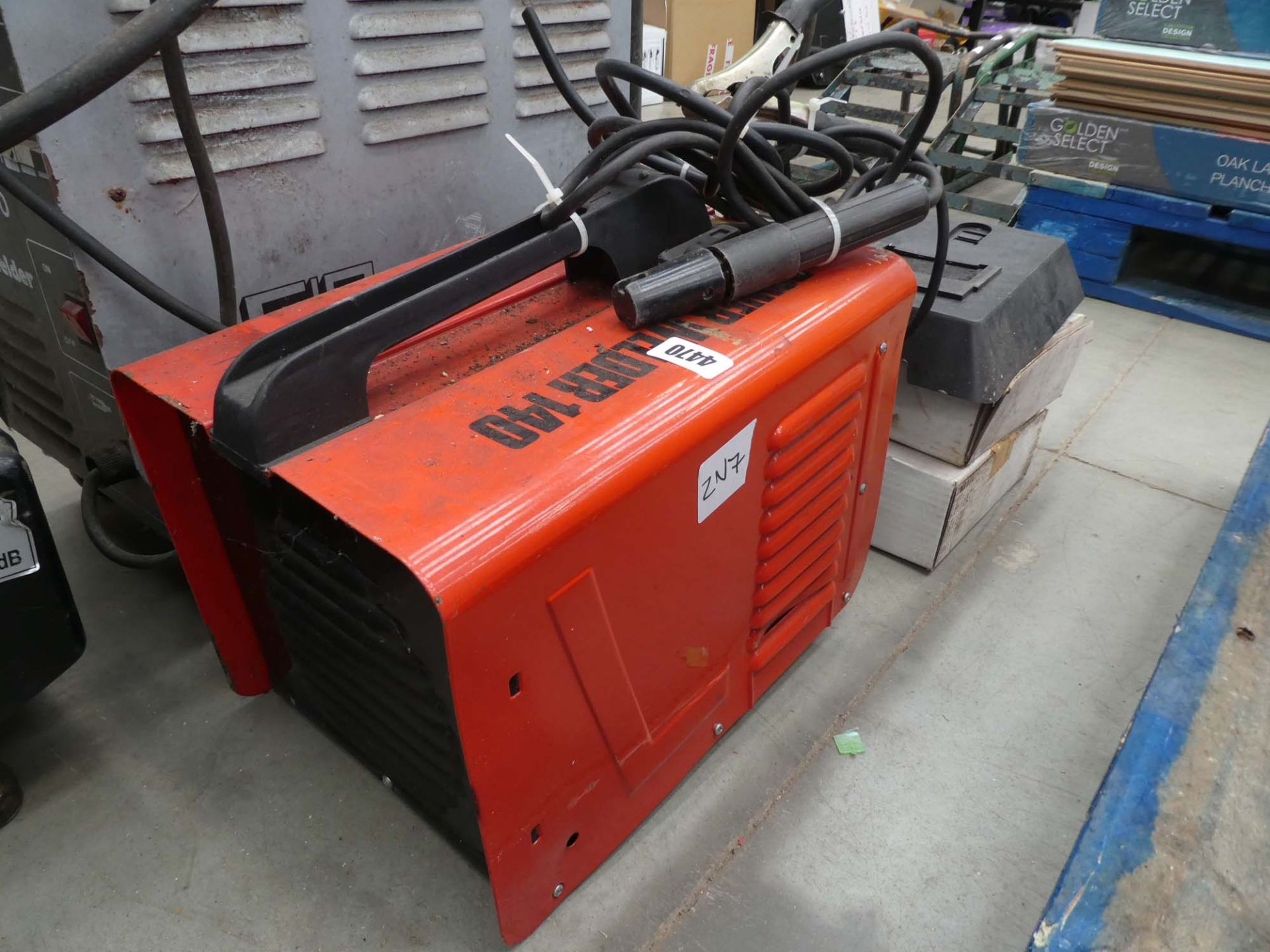 Power 140 welder with mask - Image 2 of 2