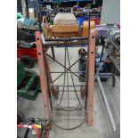Vintage sack lifter