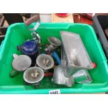 Box containing mincing machines, kitchenalia and enamelware