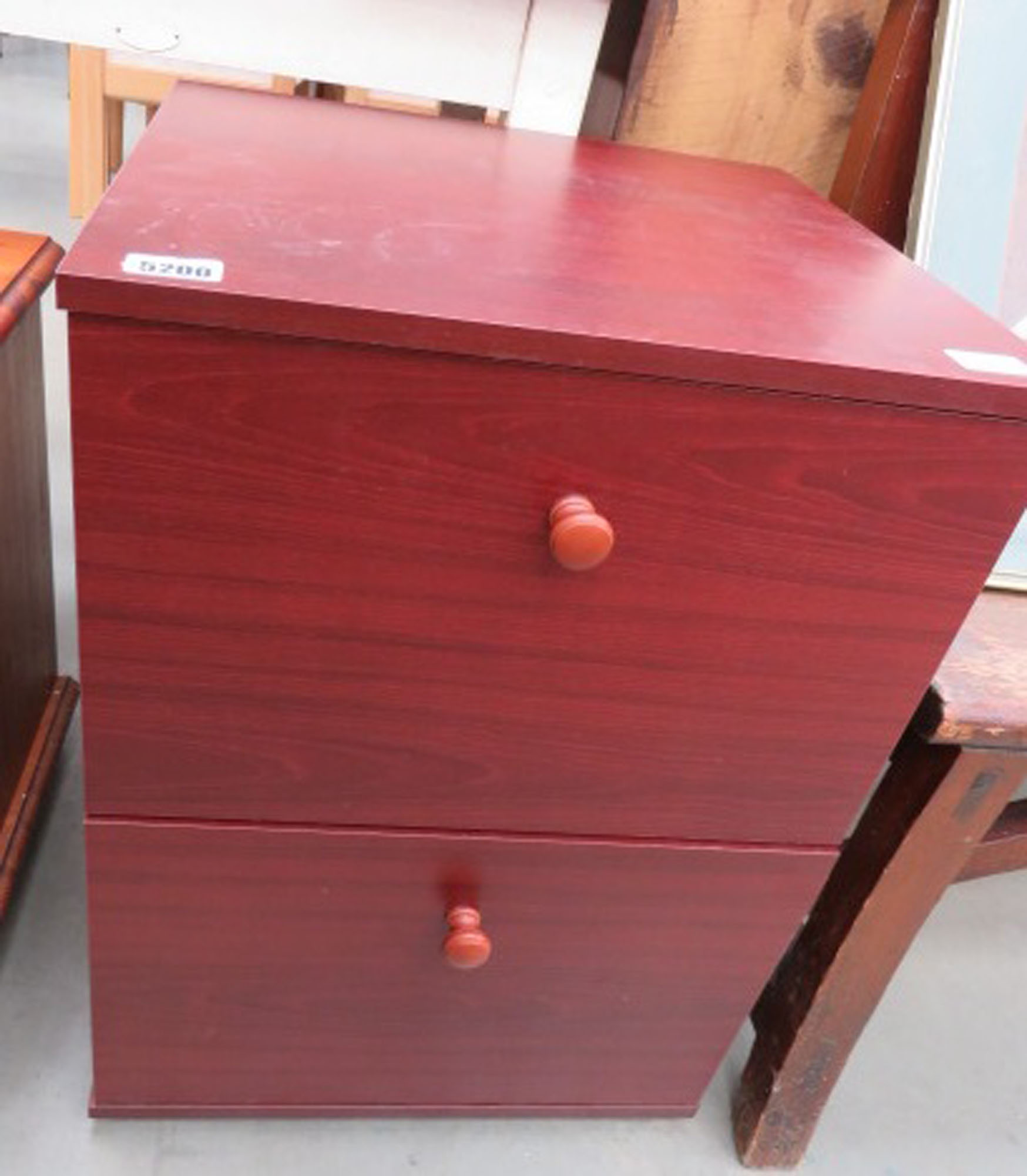 Walnut effect chest of 2 drawers