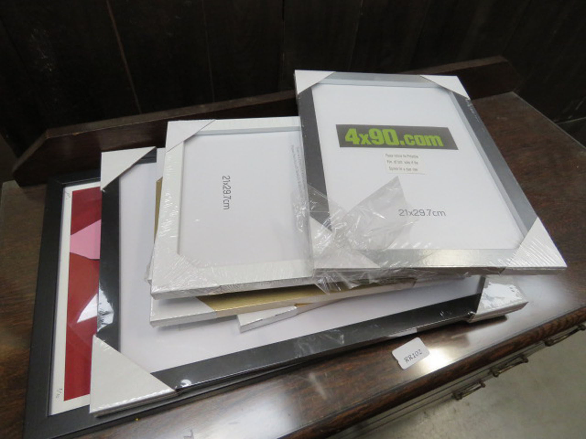 Quantity of photo and picture frames