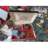 (1) Box containing quantity of jewellery