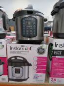 Instant Pot 7-in-1 multi use pressure cooker with box
