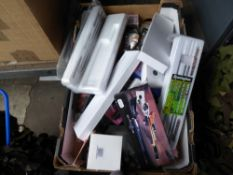 Tray of airgun cleaning kits, lens cleaning tools etc.