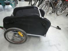 Towalong bike trailer in black and red