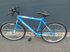 4028 - Challenge mountain bike in blue and white