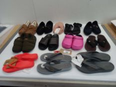 Bag of loose assorted sandals, slippers and loafers (approx 21 pairs)