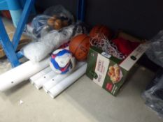 3428 Unassembled football goal plus Mitre football and NBA basketballs
