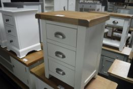 Cream painted oak top bedside chest of 3 drawers, 47cm wide (A,10)