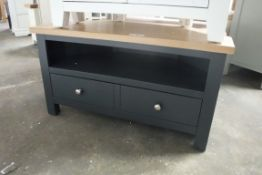 Blue painted oak top corner TV unit with shelf and single drawer under, 90cm wide (B,1)