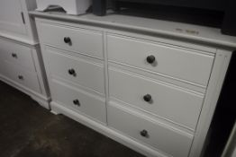White chest of 6 drawers, 115cm wide (B,20)