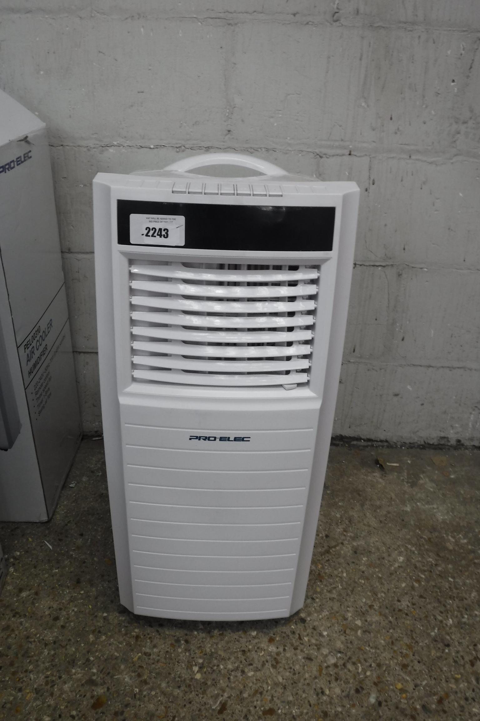 (2419) Small mobile Pro Elec PEL01200 air conditioning unit