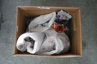 (1041) Box of golf balls and golf tees