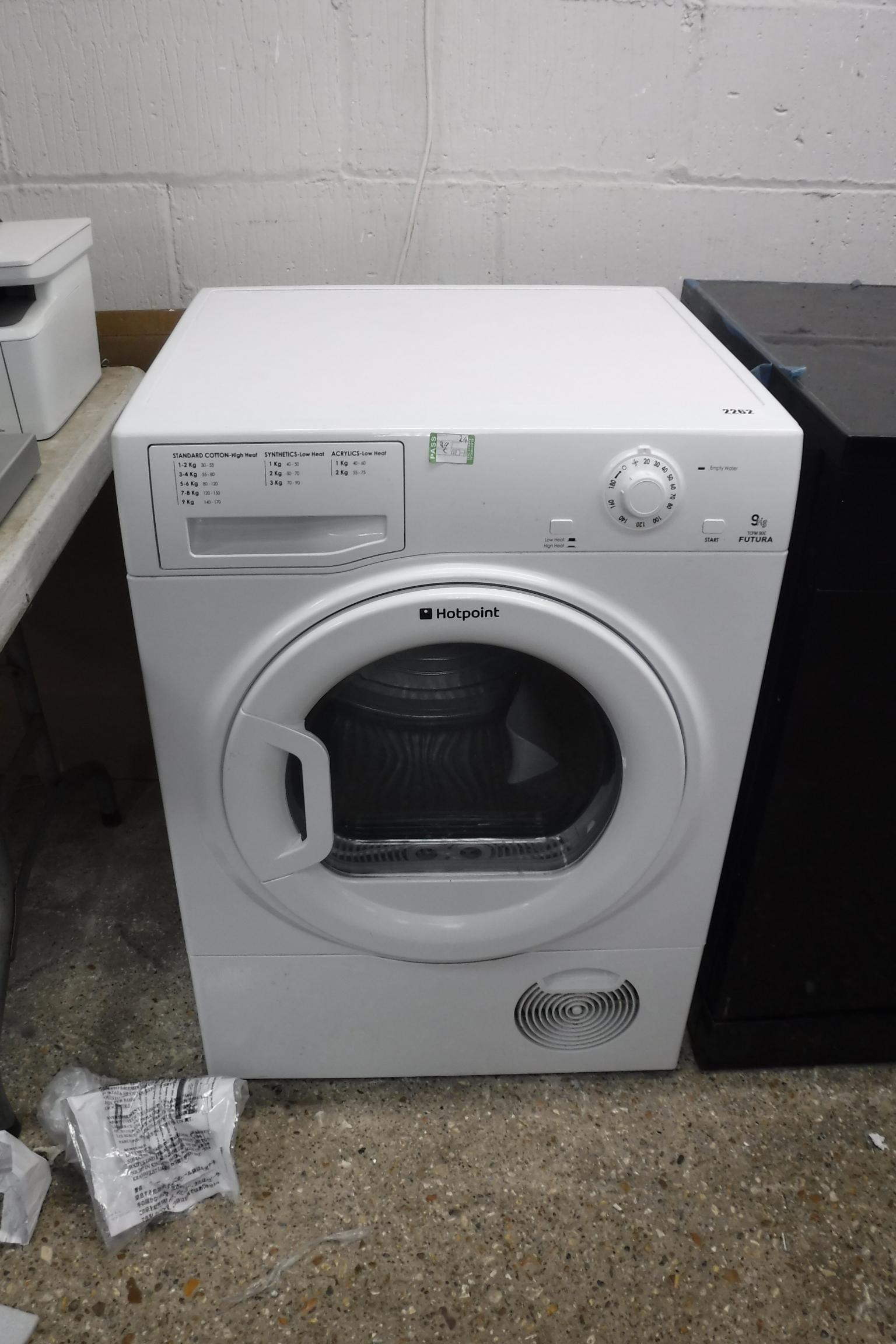 (24) Hotpoint washing machine