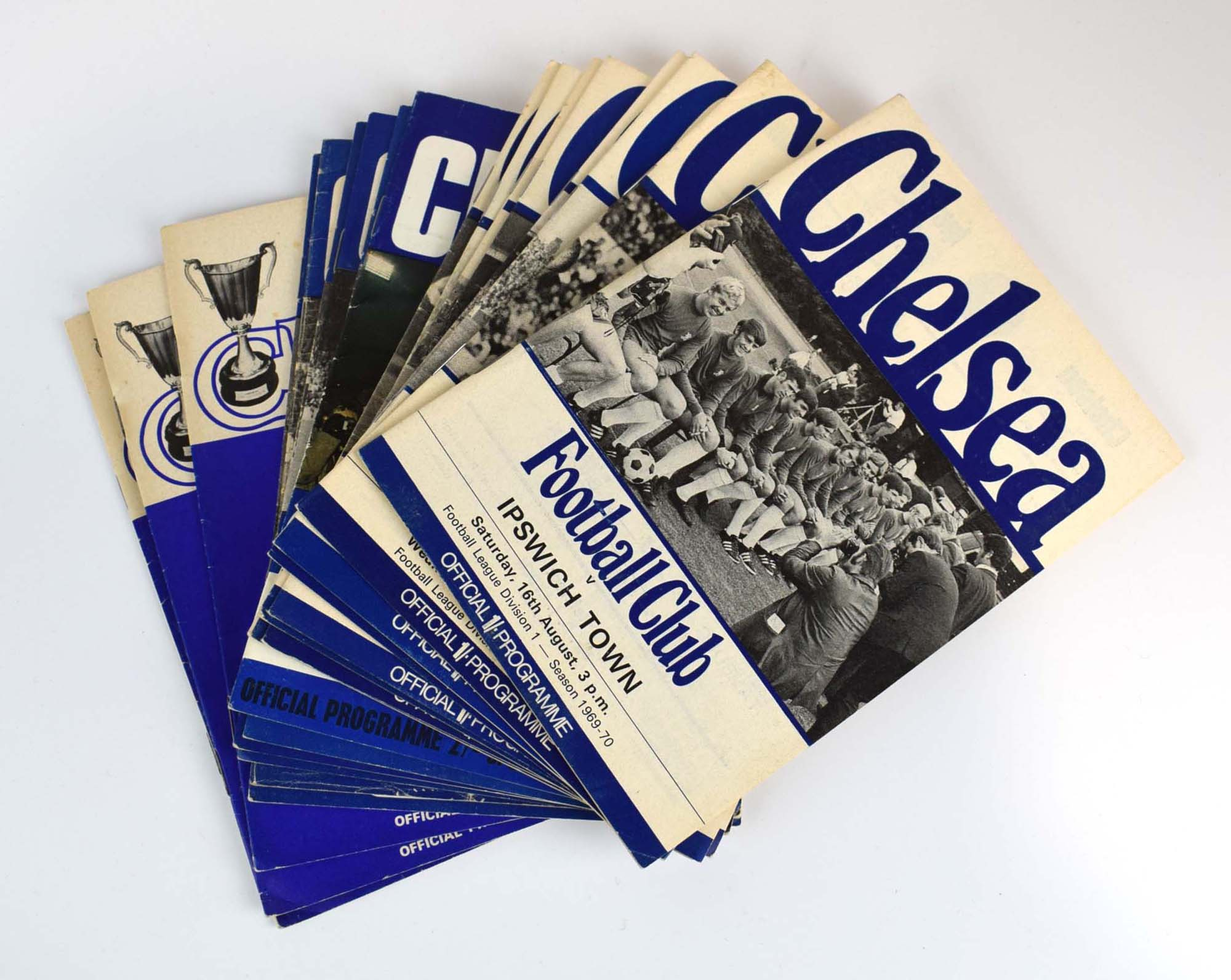 Chelsea Football Club: Approximately one hundred and thirty official home programmes dating from - Image 5 of 10