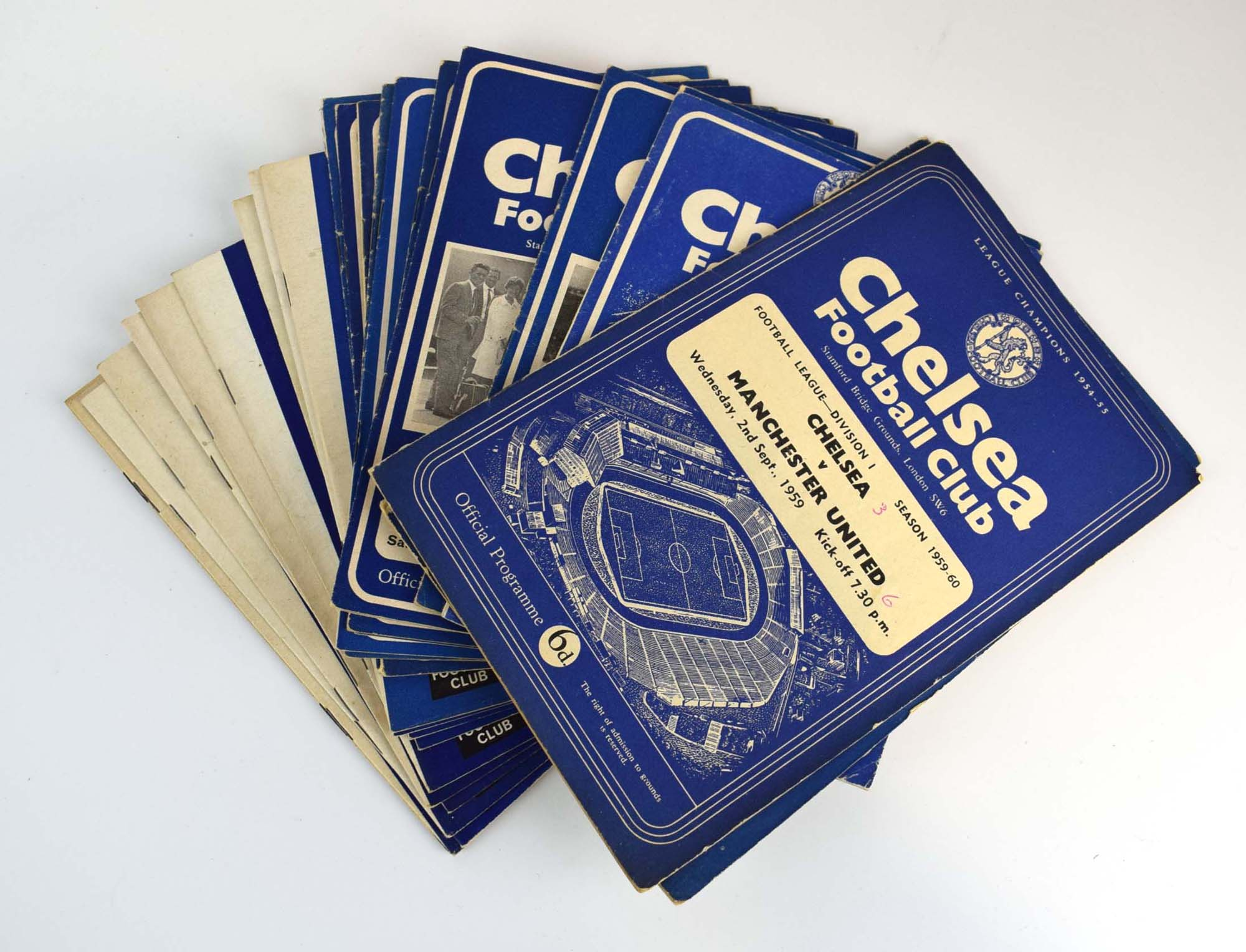 Chelsea Football Club: Approximately one hundred and thirty official home programmes dating from - Image 2 of 10