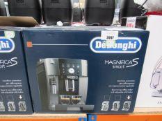 (11) Delonghi Magnifica S Smart coffee machine