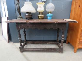 5006 Oak occasional table