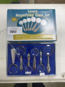 Set of 6 piece luxury magnifying glasses