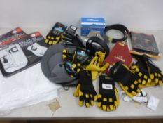 Bag containing work gloves, belts, golf, gloves, caps, masks, etc