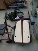 4 wheel trolley with handle