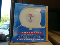2 boxes containing 10 retractable clothes lines