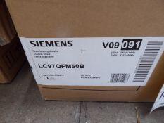 LC97QFM50BB Siemens Wall hood IQ300