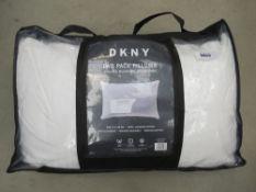 DKNY 2 pack pillow set