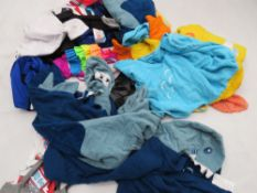 Large bag of mixed childrens clothing incl. sleep wear, etc.